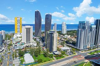204/2685 Gold Coast Highway