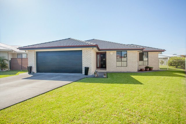 7 Curlew Place, NSW 2430