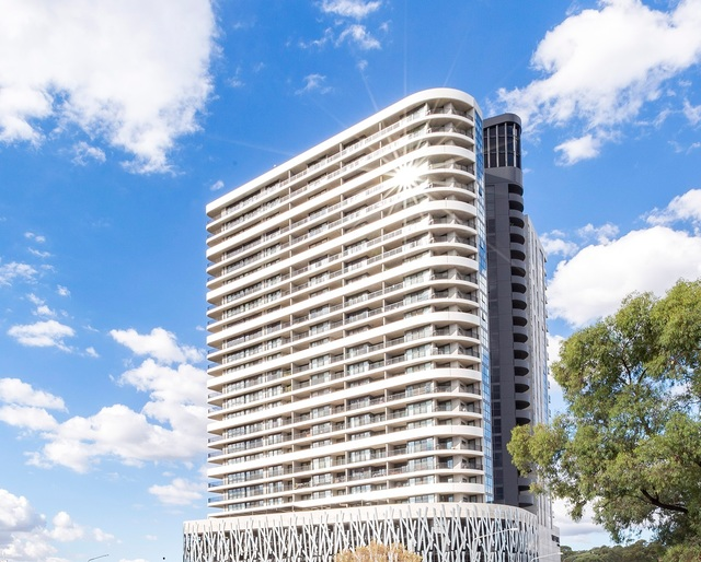 916/120 Eastern Valley Way, ACT 2617