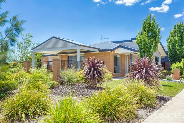 67 Hibberd Crescent, ACT 2914