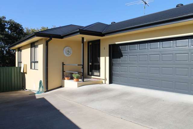 2/129 Warialda Road, Inverell NSW 2360
