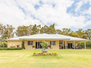 6/2 Oakey Creek Road