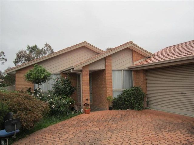 4 Scotch Court, Sunbury VIC 3429