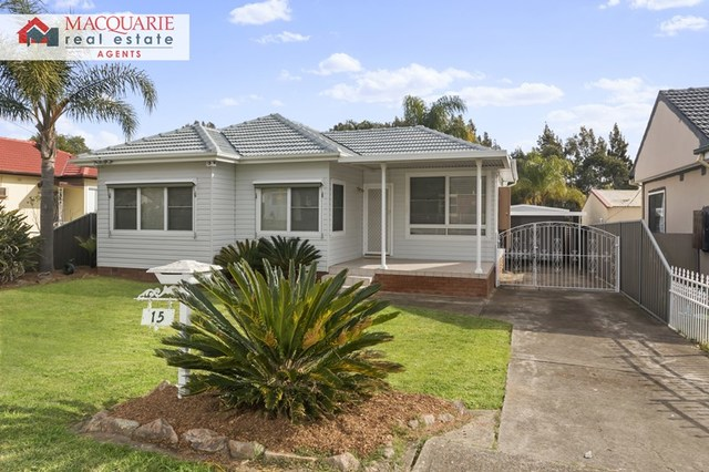 15 Amalfi Street, Lurnea NSW 2170