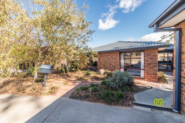 6 Byles Place, Chisholm ACT 2905