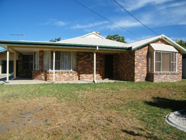 10 Davis Avenue, Gunnedah NSW 2380