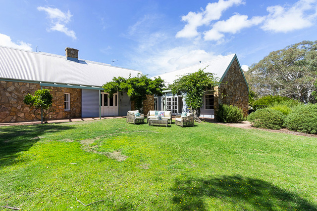 79 The Mountain Road, Bungendore NSW 2621