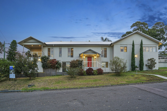 4 Beach Road, Balcolyn NSW 2264