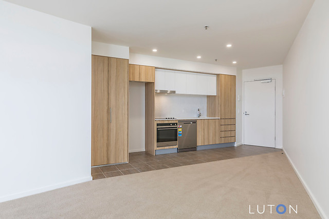 290/1 Anthony Rolfe Ave, ACT 2912