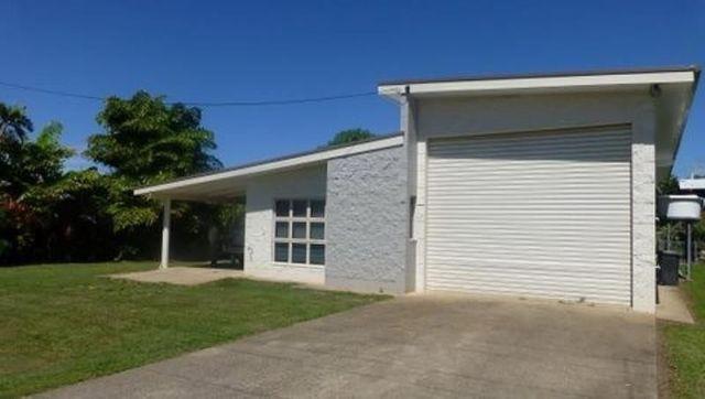 13 Ranleigh St, Kurrimine Beach QLD 4871