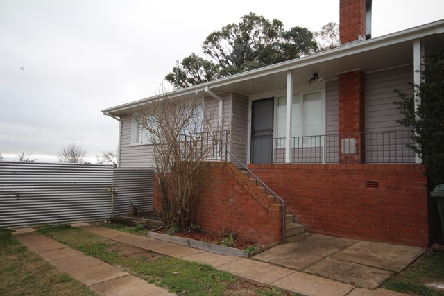 8 Kelly Place, Oberon NSW 2787
