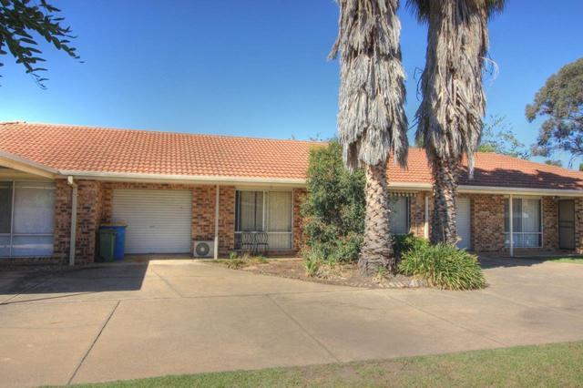 2/19 Incarnie Crescent, Wagga Wagga NSW 2650