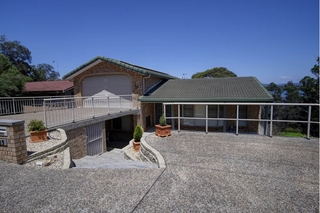 25 Green Point  Drive
