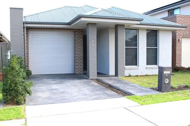 6 Milpera Street, Jordan Springs NSW 2747
