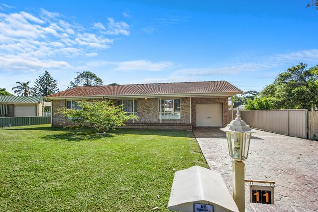 11 Lakewood Grove, Burrill Lake NSW 2539