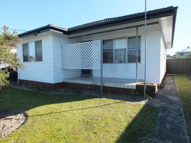 7 Wellington Street, Umina Beach NSW 2257