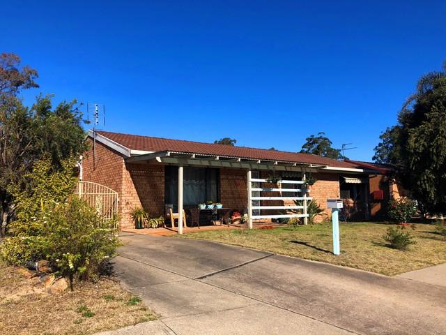 11 Cambridge Crescent, Broulee NSW 2537