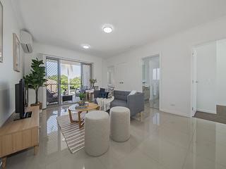 Wynnum real estate for sale allhomes for 7 grattan terrace wynnum