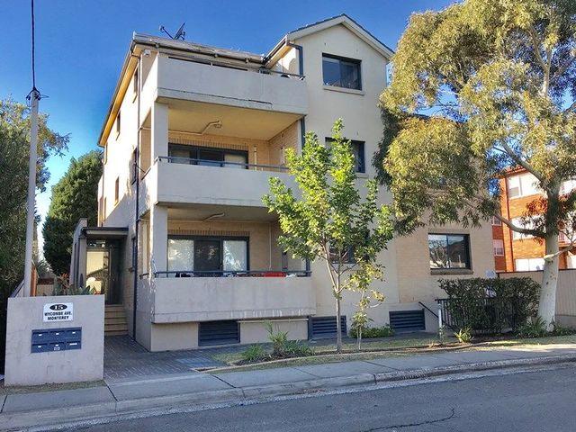 2/15 Wycombe Avenue, NSW 2217