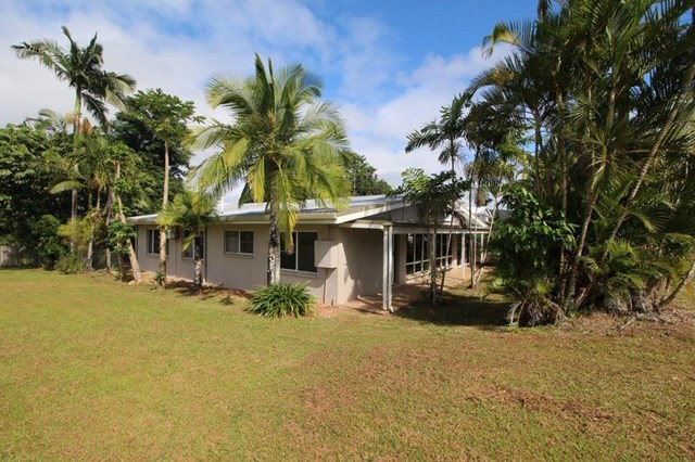 5 Derby Terrace, Mission Beach QLD 4852