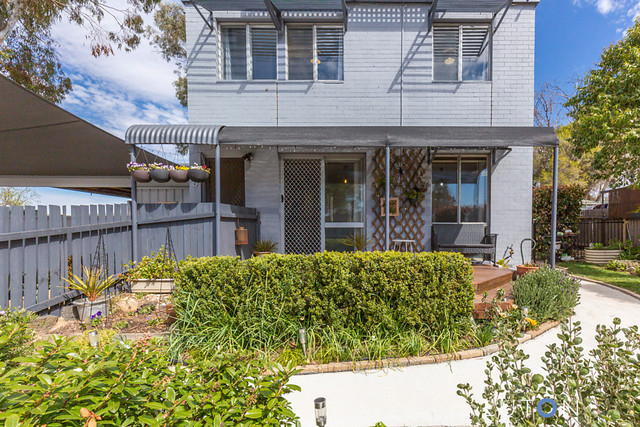 6 Kelsall Place, Spence ACT 2615