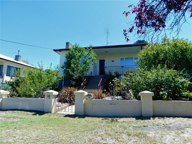 13 Norman Dykes Avenue, Cooma NSW 2630
