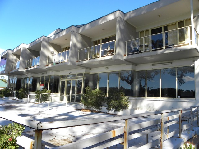 1-5 + 7/187D Jacobs Drive, Sussex Inlet NSW 2540