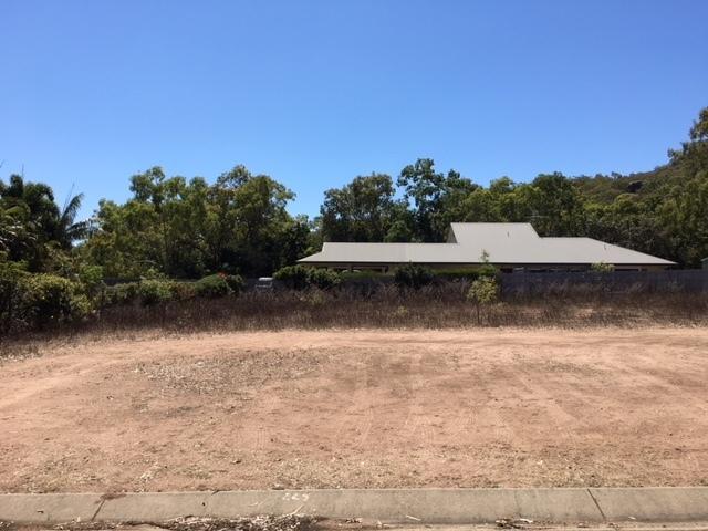 5 Apjohn St, Horseshoe Bay QLD 4819