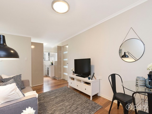 2/42 Toorak Road, QLD 4007