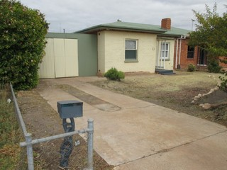 13 Schulz Avenue Whyalla Norrie SA 5608