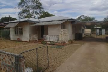 172 Edward Street, Charleville QLD 4470