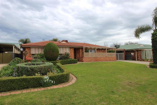 36 Langi Crescent, NSW 2650