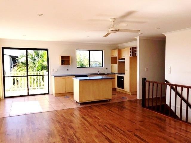 769 Nicklin Way, Battery Hill QLD 4551