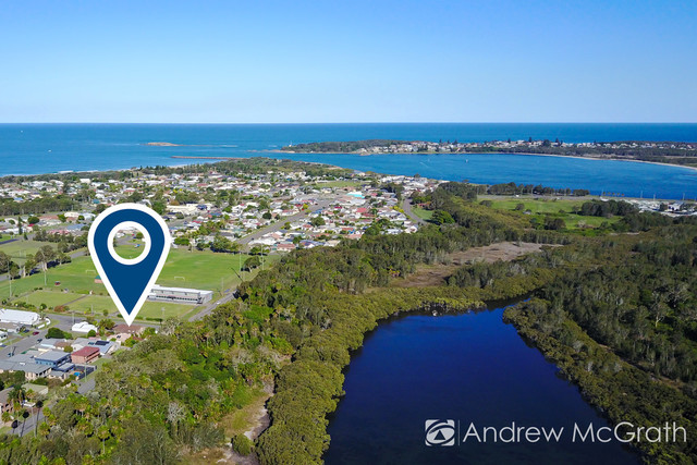 86 Lakeview Parade, Pelican NSW 2281