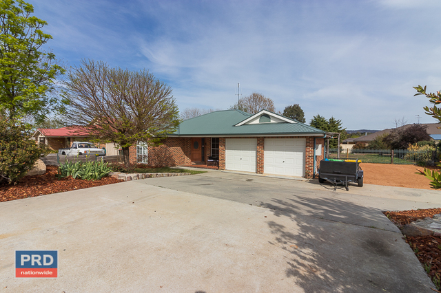 16 McCusker Drive, Bungendore NSW 2621