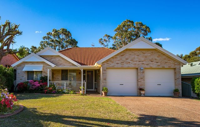 5 Golden Wattle Drive, Ulladulla NSW 2539