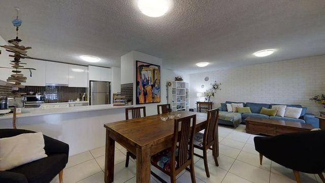 2/17 Akeringa Place, Mooloolaba QLD 4557