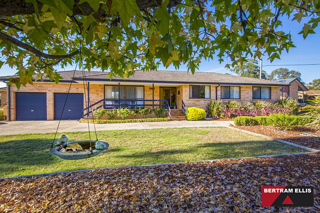 1 Crouch Place, Kambah ACT 2902