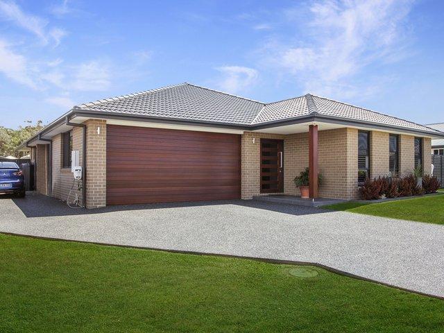 34 Bluehaven Drive, NSW 2430
