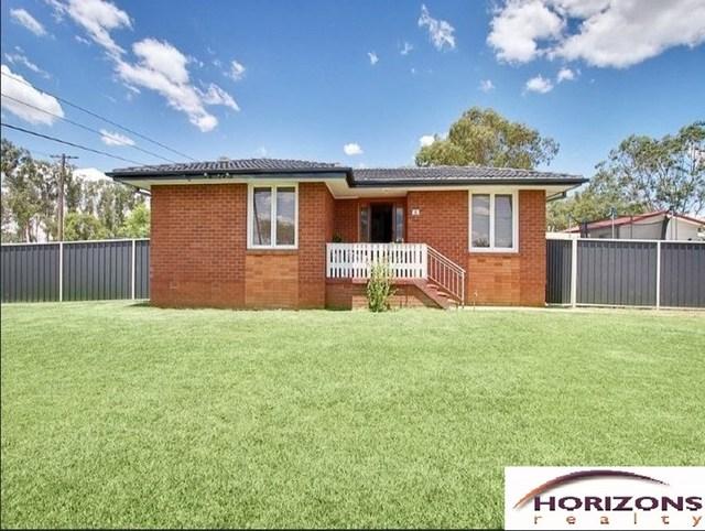 2 Clune Place, Blackett NSW 2770
