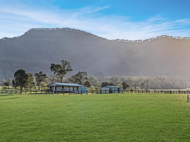 125 Adams Peak Road, Broke NSW 2330