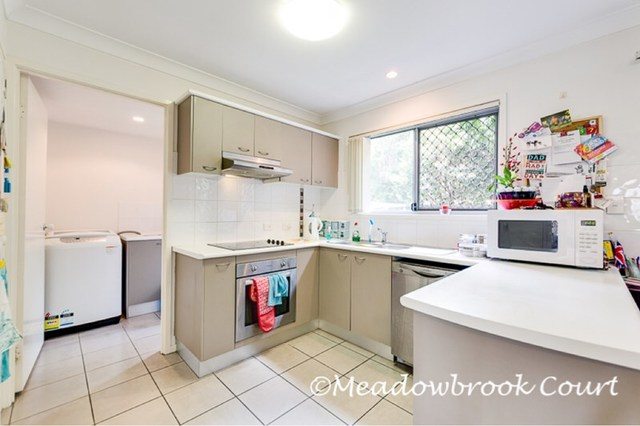 34-42 University Drive, Meadowbrook QLD 4131