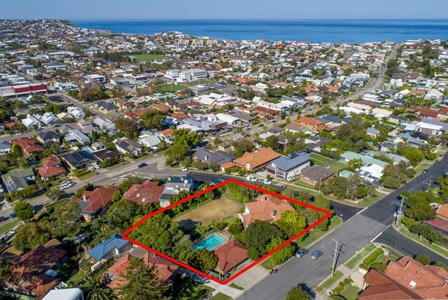 8 Kempster Road, Merewether NSW 2291