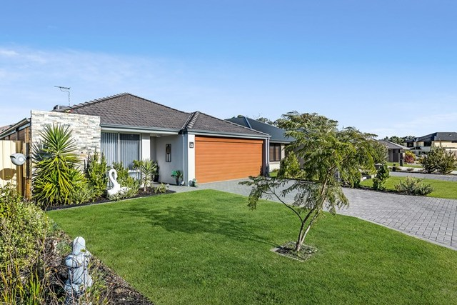 55 Willow Brook View/s, Meadow Springs WA 6210