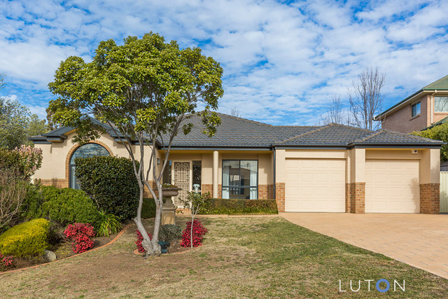 17 Whitfield Circuit, Nicholls ACT 2913