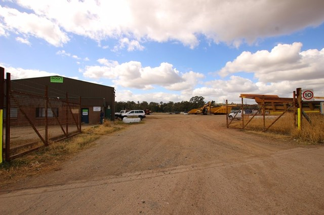17 Strathmore Road, Muswellbrook NSW 2333