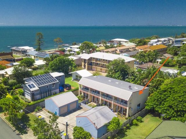 4/7 Bailey St, Woody Point QLD 4019