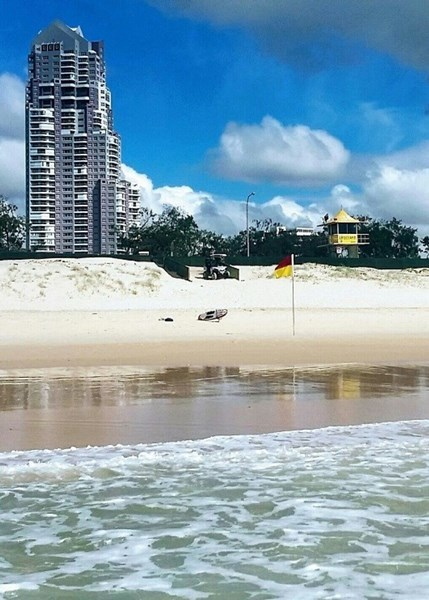 (no street name provided), Main Beach QLD 4217