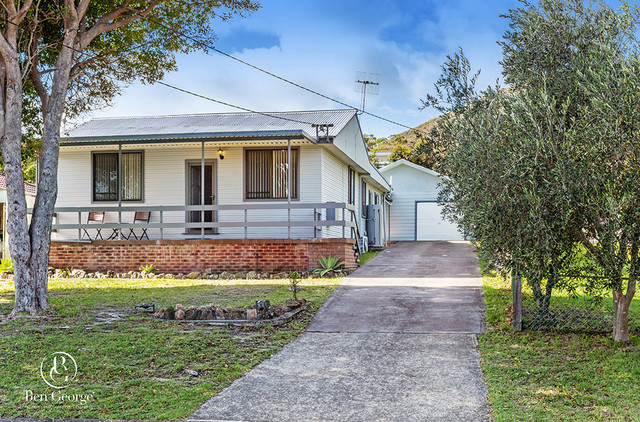 9 Essendene Road, Shoal Bay NSW 2315