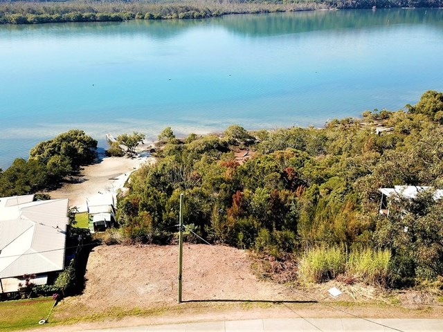 109 Wahine Dve, Russell Island QLD 4184